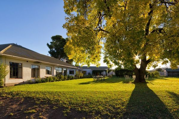 Great karoo cycling accommodation for Great accommodation